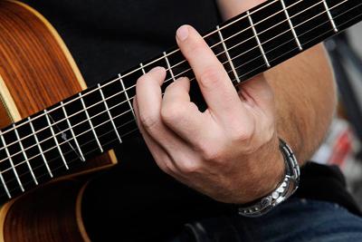 het is een nacht gitaar akkoorden